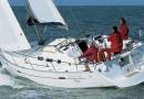 oceanis_373_exterior_sailing.jpg